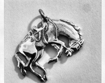 Solid Sterling Silver 925 Vintage Wild Horse Pendant Necklace