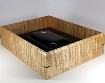 """Valet Box Handmade From Tiger Maple. Premium Wood Tray for Keys and Wallet. 9.5"""" x 7.5"""" x 2.5"""". Dresser Box."""