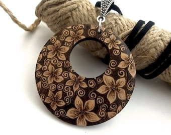 Pyrography Flower Blossom, Wooden Floral Pendant, Flower Necklace, Pyrography Jewellery, Gardening, Nature Lover Gift, Wood Anniversary