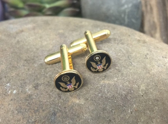 US Army Special Forces Tie Clip gold in color
