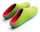 Easter Green slippers, wool clogs felted, closed toe mules - for your cozy Loungewear