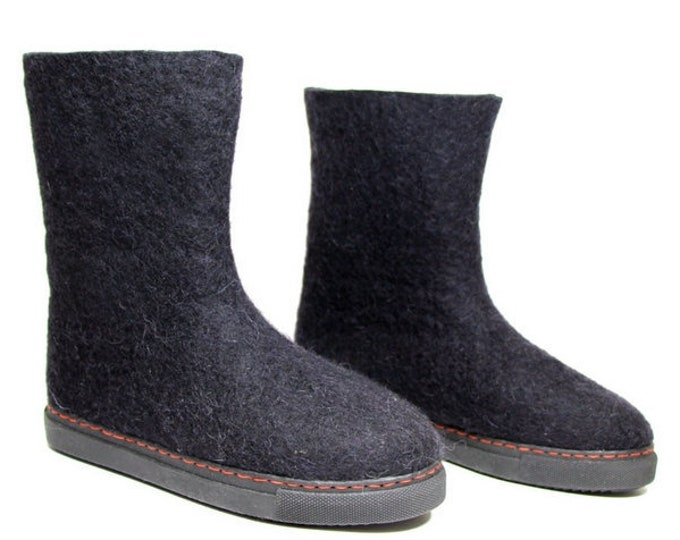 OUTDOOR BOOTS tall