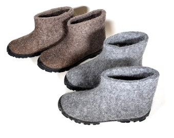 Gray wool Felt Moccasins Men with Rugged rubber Outsole, Warm house slippers men, Short felted boots, Outdoor Boots, Custom ECO Wool 7 Color