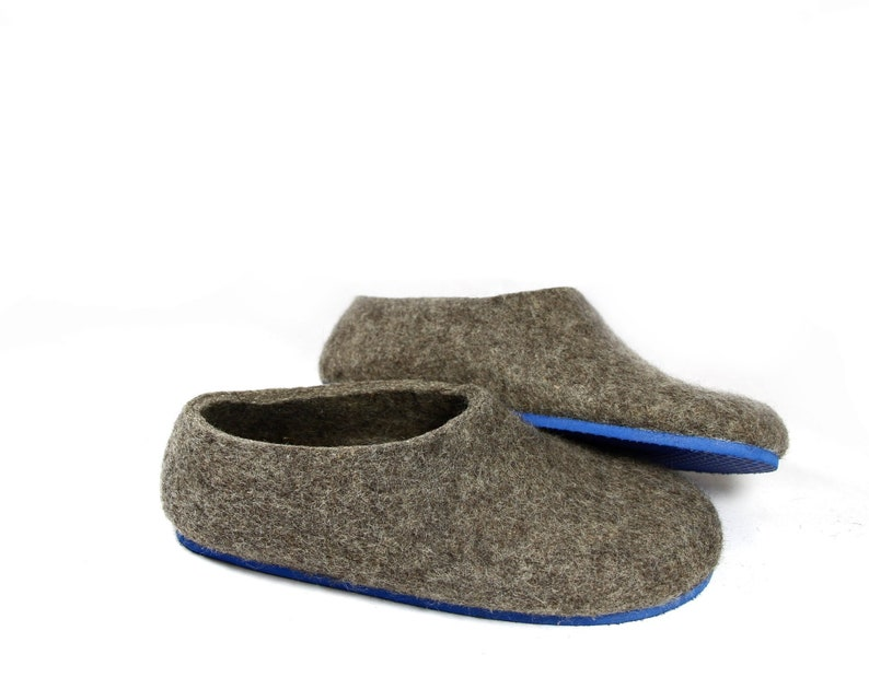fb87f0c050f6b Mothers day wool shoes women, felt house shoes, eco friendly, gray house  shoes - Warm and slow afternoon