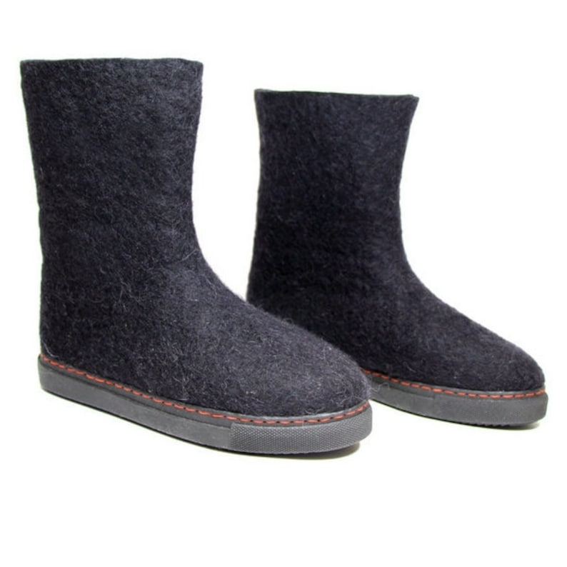d2a1f35b324cc4 Womens Winter Boots Valenki Felt Shoes Black Felt Boots