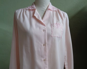 2792b84f4ae63f Vintage 70's Rhapsody Pale Pink Long Sleeved Blouse with Left Front Breast  Pocket & Machine Stitching Bust 42