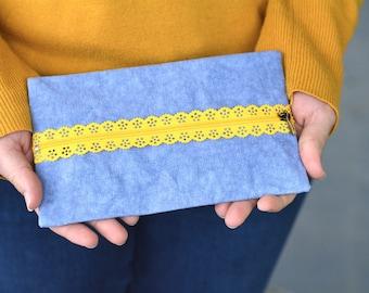 kraft-tex Flat Zipper Pouch: Easy PDF Sewing Pattern for Beginners