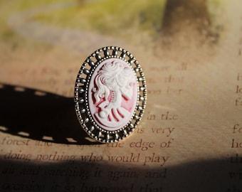 Hazy Red Lady Death Ring
