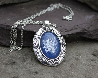 Grey Warden Medium Pendant necklace