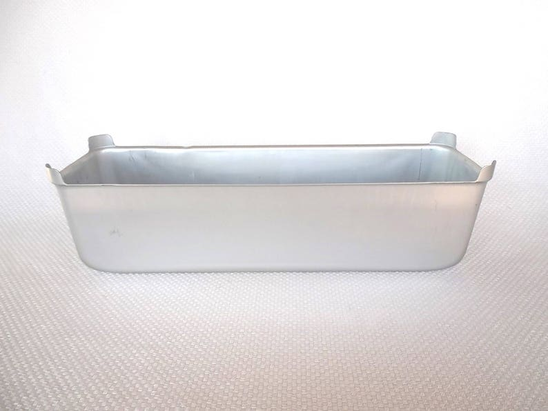 16 x 4-Inch Kitchen & Dining Wilton Performance Pans Long