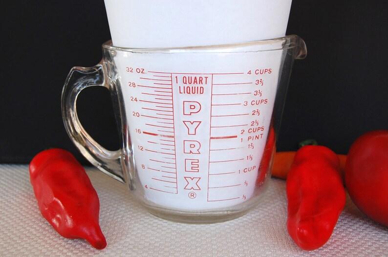 2f1576e09 Vintage Pyrex 4 cup Measuring Cup 532 circa 1940-1960 with