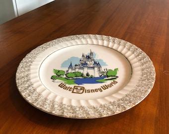 Walt Disney World 1970s vintage decorative travel souvenir plate Cinderella's Castle