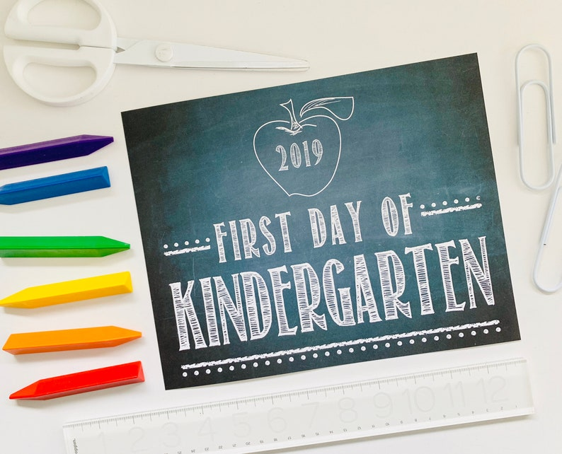 First Day of KINDERGARTEN 2019 Chalkboard Print / Size 8x10 / image 0