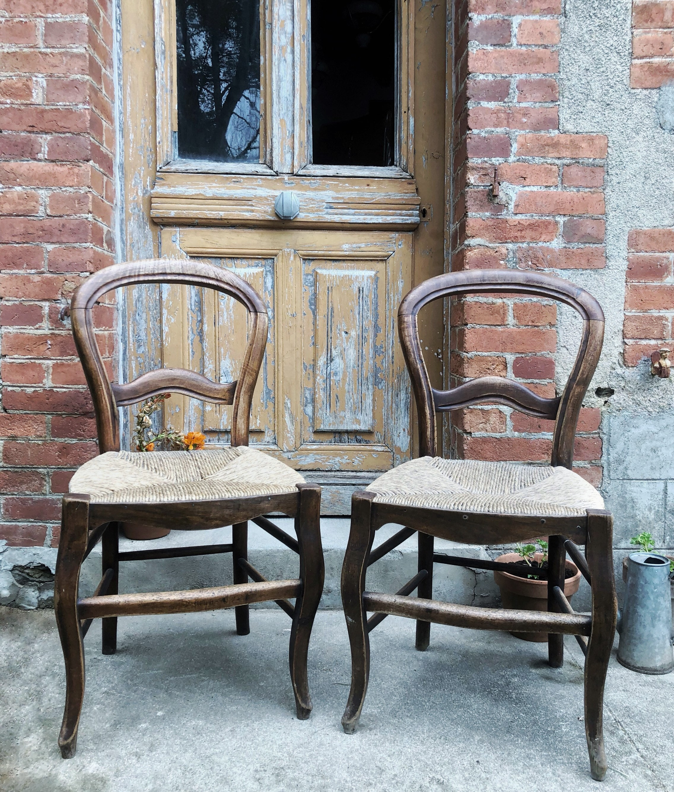 French Kitchen Chairs: Vintage French Rustic Chairs / Vintage Kitchen Chair