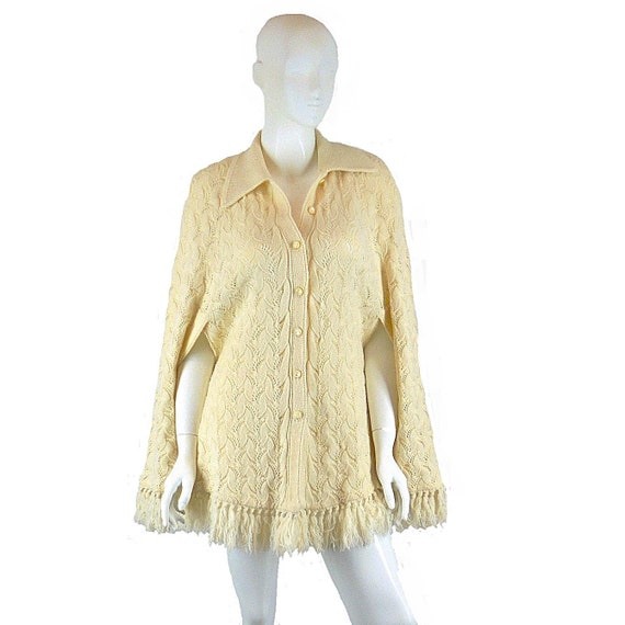 Cream Sweater Cape, Vintage Knitted Poncho, Cuddle