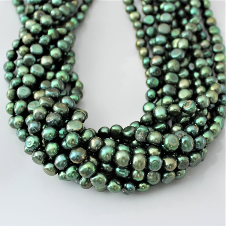 "5.5-6mm 16/"" Strand Oval Green Freshwater Pearls"