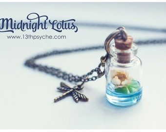 Lotus bottle Necklace. dried flower pendant, Water lily necklace, Lotus pendant, Miniature terrarium necklace, inspirational Gift for women