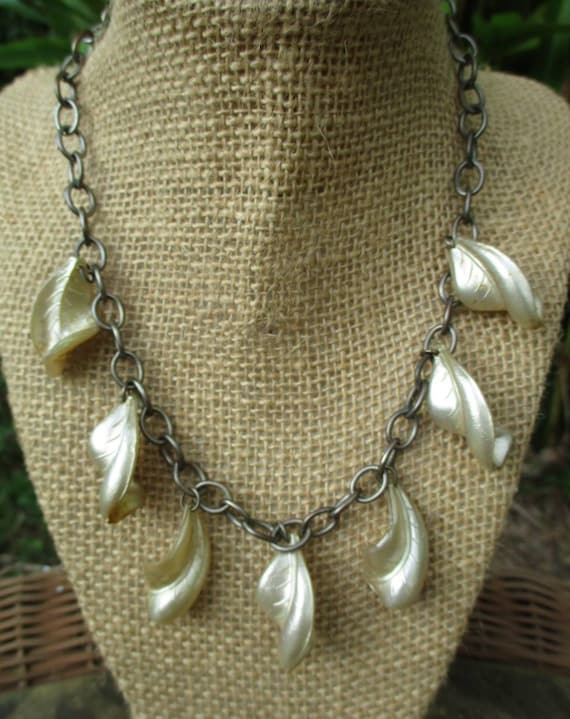 Vintage 1940s Silver Chain Necklace with Pearlesce