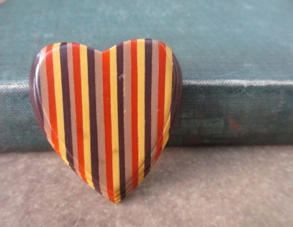 Vintage 1940s Striped Plastic Heart Shaped Dress C