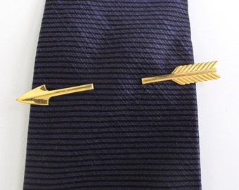 d0b94b7be831 Gold Arrow Tie Bar, Tie Clip, Tie Clasp - Vintag Anson, Surface Wear