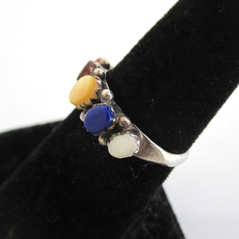 Sterling Silver Band Ring w Colorful Multi Stone Inlay Size 6 12 Vintage Southwest Worn