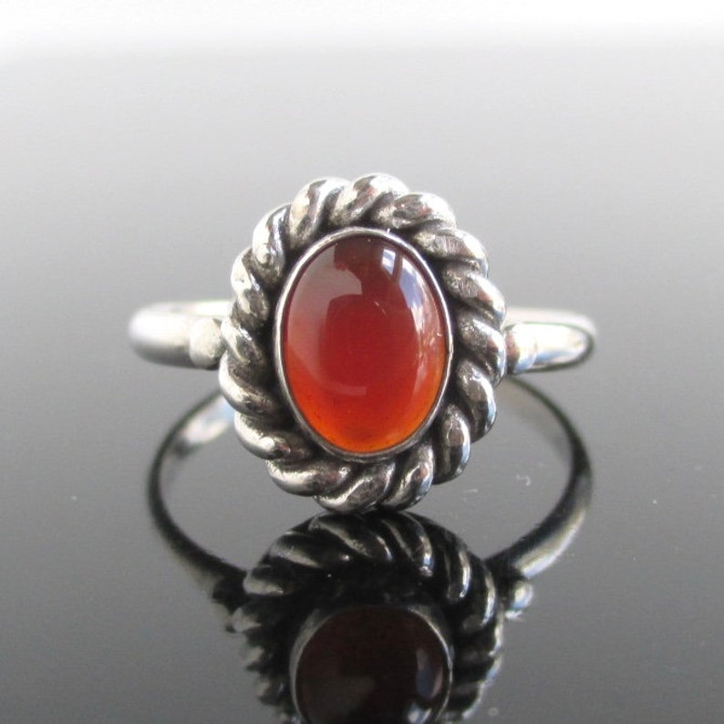 7e7e27cf733b3 925 Sterling Silver & Carnelian Ring w/ Rope Texture Setting - Vintage  Unused, Multiple Sizes