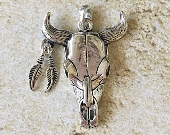 Cow SKULL Pewter Pendant Silver Boho Craft and Jewelry Supply