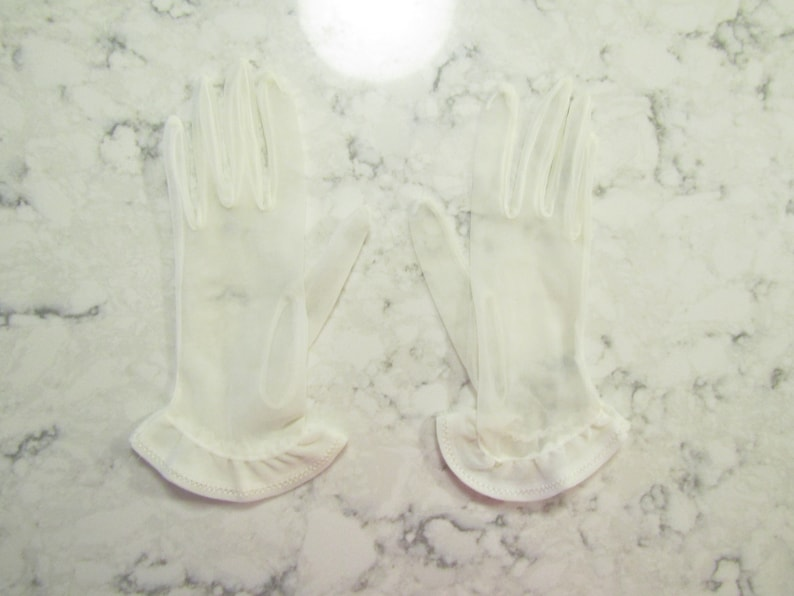 Vintage Sheer White Chiffon Wrist Length Gloves with Angled Ruffles---9.5 long---Size 5 to 5 12--Glove Auction 9516-0619