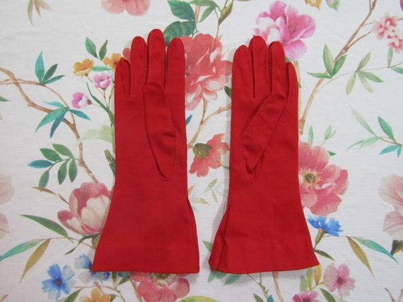 Vintage True Red Pleated Cotton Gauntlet Evening … - image 3