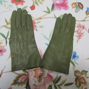 Vintage NOS New Unworn Dead Stock Turquoise Blue Nylon Gloves---10 long--Size 6 12 to 7 Glove Auction 543--1219