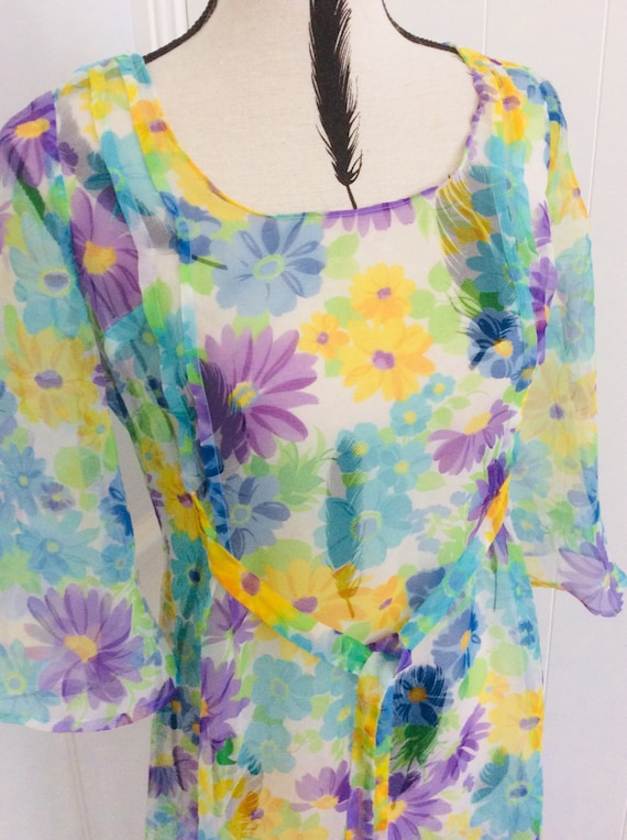 Vintage Mod 60's sheer Summer Dress Daisy Print Re