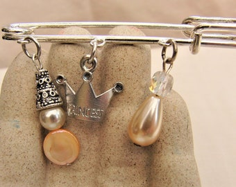 Beaded Silver Plated Kilt Pin Brooch, Pearl Brooch, Ladies Brooch, Beaded Brooch, Pearl Kilt Pin, Mother of Pearl Brooch, Birthday Gift