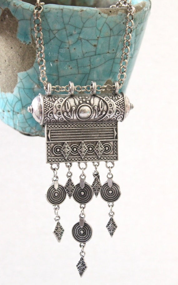 Tibetan silver coin amulet layered necklace Boho//hippy//gypsy//vintage//antique