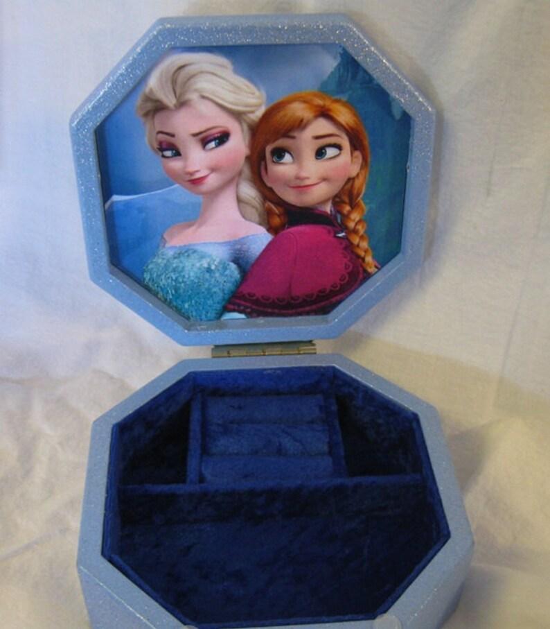 Disney/'s Frozen Anna and Elsa Upcycled Jewelry /& Trinket Box
