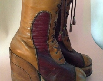 514f90e91ca 1970 s PLATFORM Ankle BOOTS Amazing GRANNY Takes A Trip Shoes