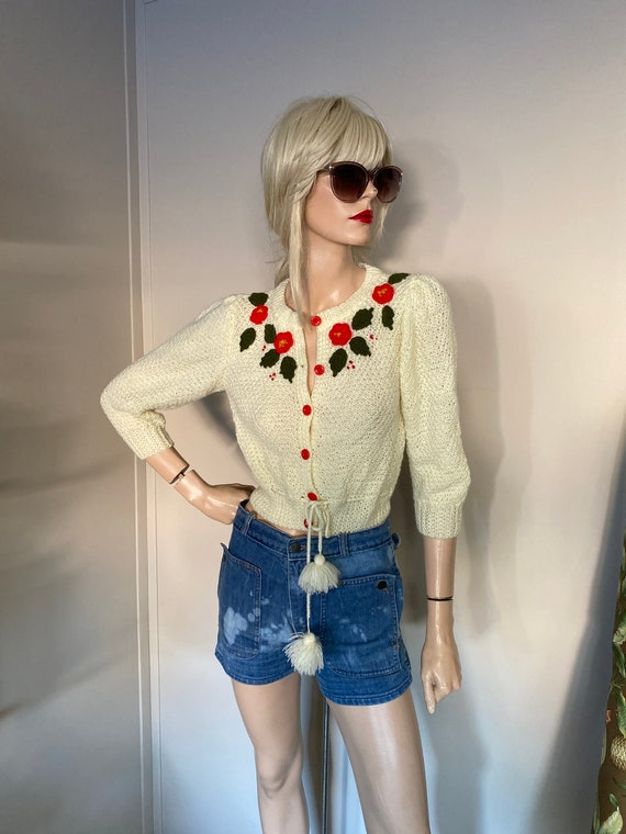 Vintage CARDIGAN Crop SWEATER w EMBROIDERY Small