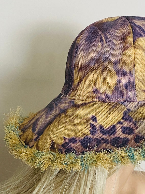Beautiful STRAW Wide BRIMMED Vintage HAT Summer B… - image 9