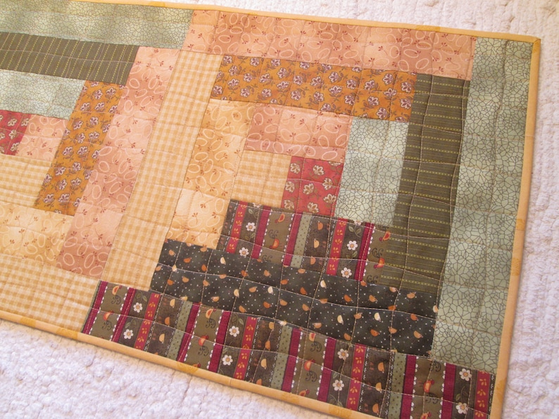 Quilted Table Runner Fall Summer Log Cabin Country Farmhouse Rustic Cottage Chic Long