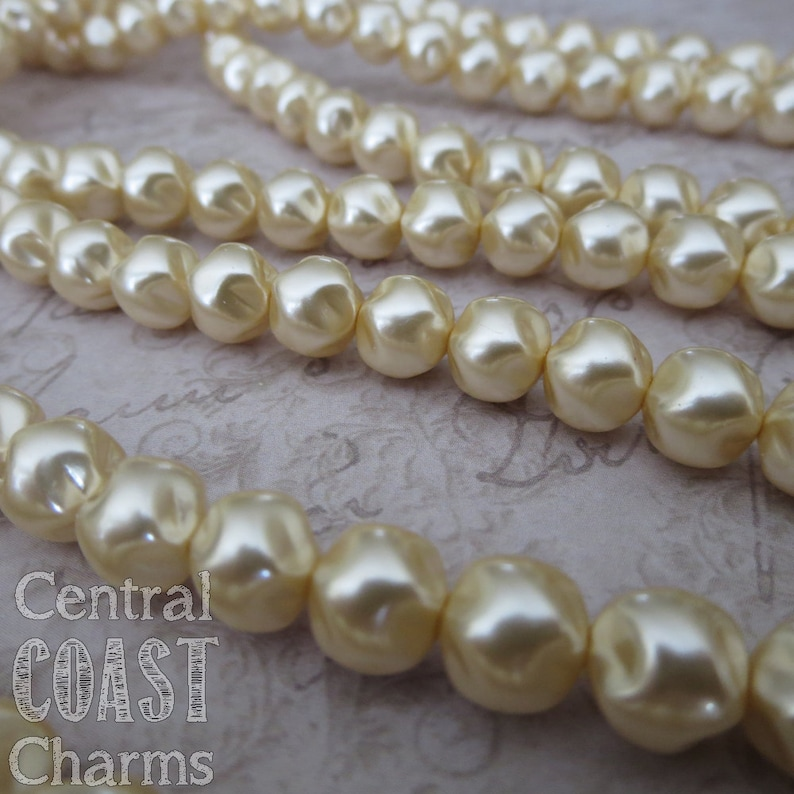 6mm Antique Cream Baroque Pinched Czech Glass Pearl Beads  25 image 0
