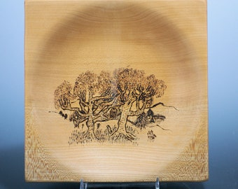 Maple Square Bowl with Pyrography, Display Bowl or a Gathering Bowl (Keys, Change0, Dresser Top Bowl B3143