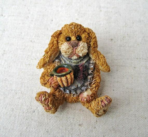 Boyds Bears Rabbit Brooch, Vintage Brooch Pin, Fri