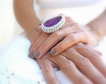 Crochet Agate Ring, Purple, Adjustable Ring, Silver Yarn, Glass Beads