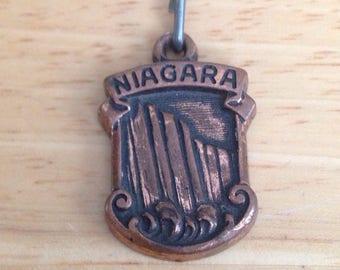 Niagara Falls Zipper Pull Charm Royce NY Unique Different