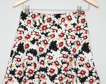 Super Cute Vintage 90s Grunge Girl High Waisted Floral Skirt