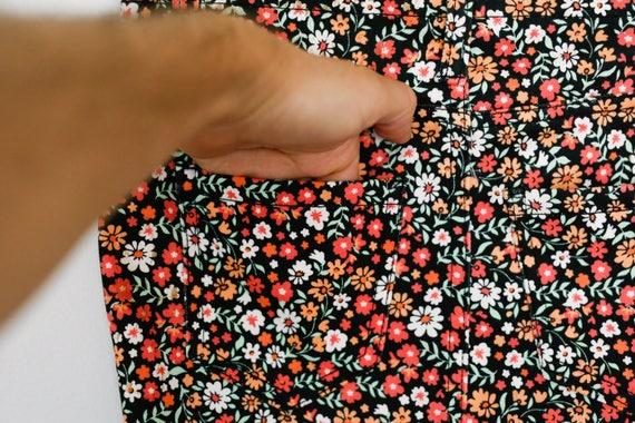 Vintage 90s Super Cute Kawaii Floral Print Funky … - image 4