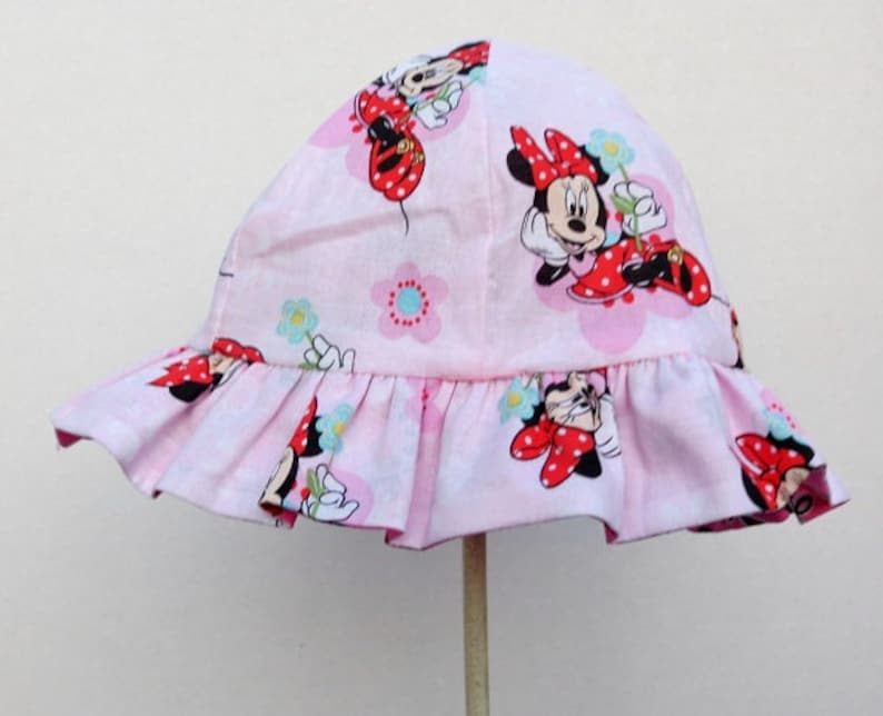 Reversible Sun Hat Bucket Hat Minnie Mouse Disney Character  72e0860e8b95