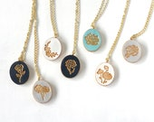 Carnation, Violet, Cherry Blossom, Daisy, Lily, Rose, Lotus,, Poppy, Peony, Marigold, Mums, Holly, Birth Month Flower Necklace