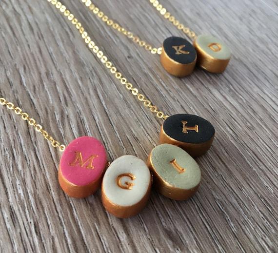 Mütter Tag Brief Halskette einfache moderne Farbe Schmuck