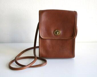 Coach British Tan Leather Purse