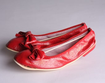0099566ac8153 Red ballet flats   Etsy